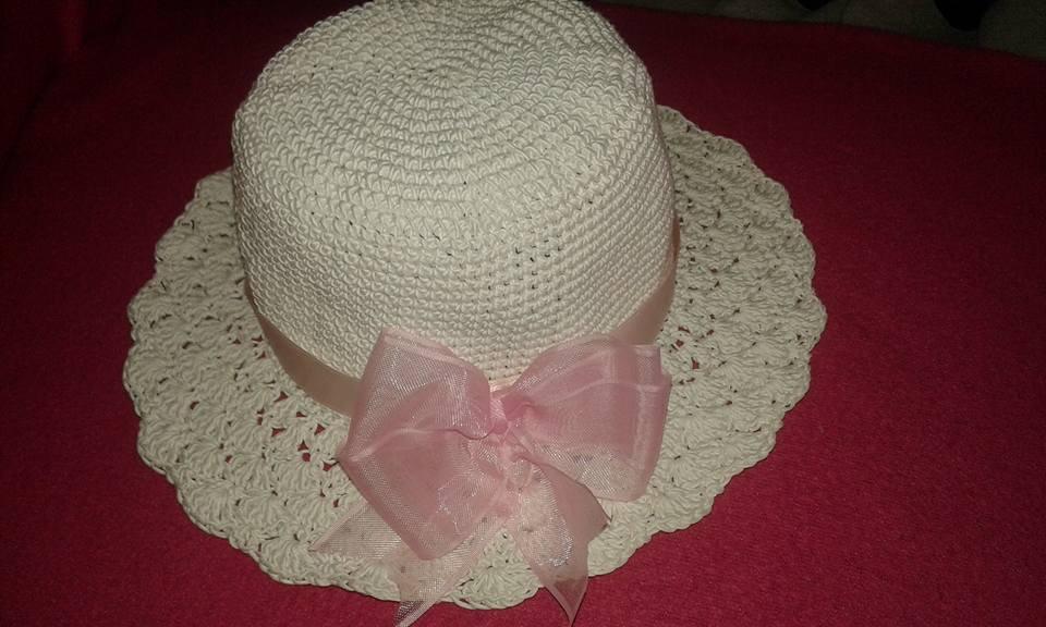 Cappellino estivo bimba all'uncinetto cotone bianco nastro rosa bellissimo idea regalo