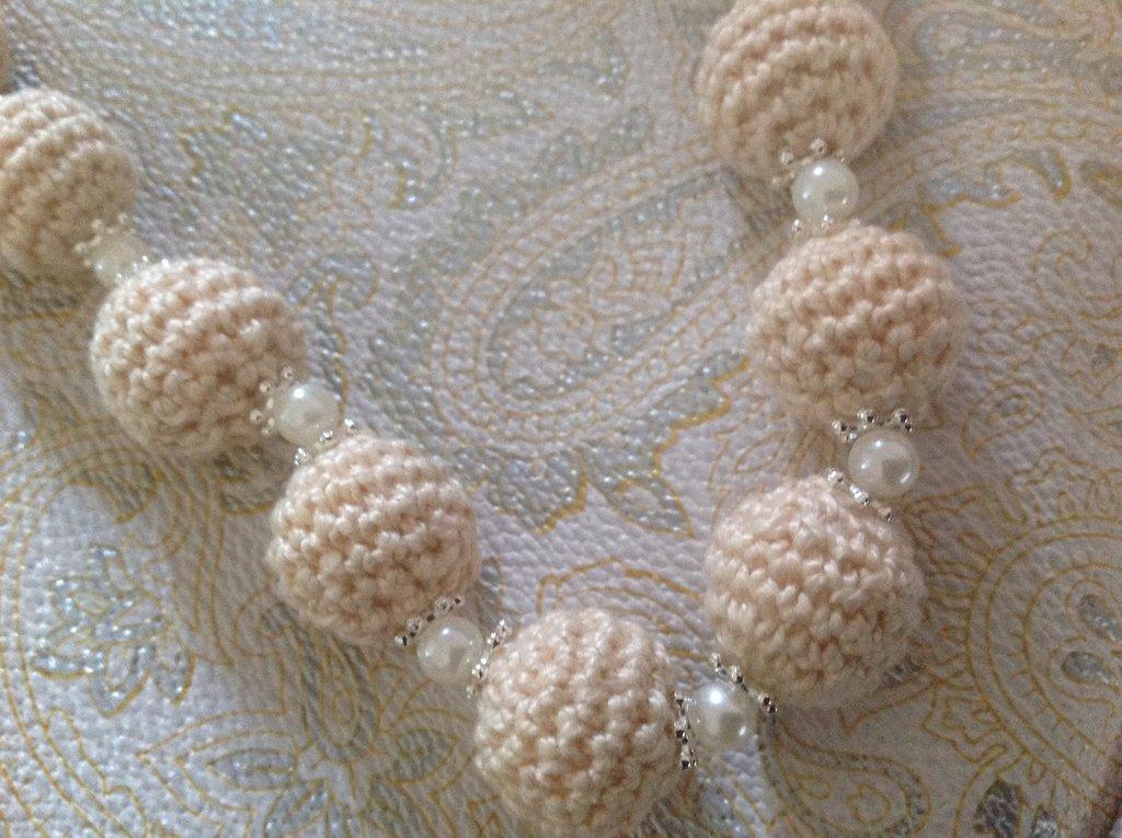 Collana donna  di gran moda con perle