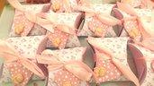 BOMBONIERA COMPLETA DELUXE - battesimo nascita compleanno - scatolina confetti e ciondolo fimo shabby CUORE con PIEDINI