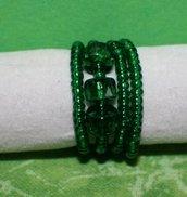 anello di perline verde bottiglia