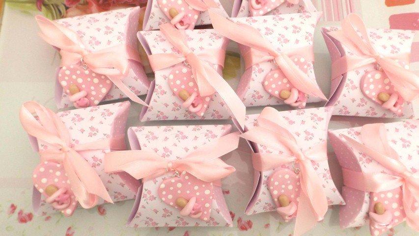 BOMBONIERA COMPLETA DELUXE - battesimo nascita compleanno - scatolina confetti e ciondolo fimo shabby CUORE con CIUCCIO