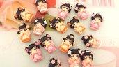 CIONDOLO DELUXE BOMBONIERA - KOKESHI  ROSA  PORTAFORTUNA doll giapponesina sushi - FIMO laurea compleanno