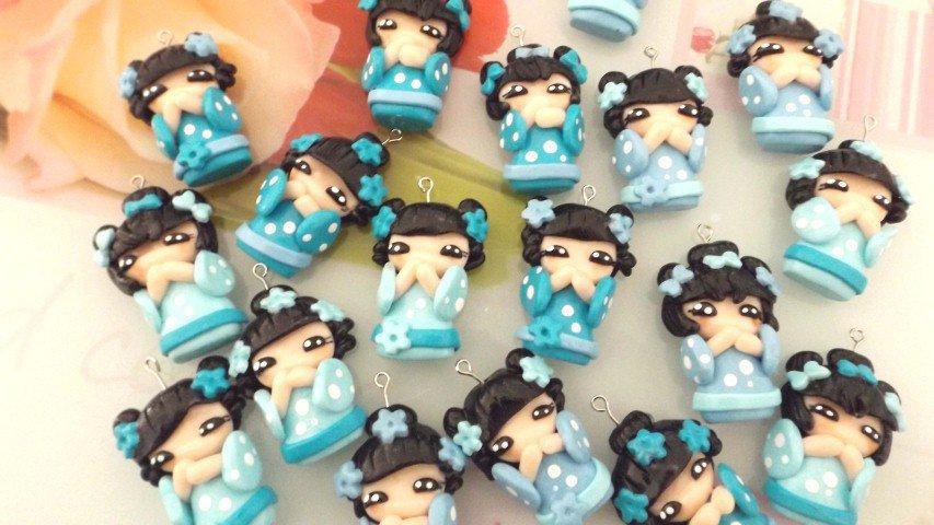 CIONDOLO DELUXE BOMBONIERA - KOKESHI  TURCHESE  PORTAFORTUNA doll giapponesina sushi - FIMO laurea compleanno