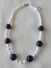 collana girocollo con mezzo cristallo bianco e pietre dure ,pietra della luna, blu