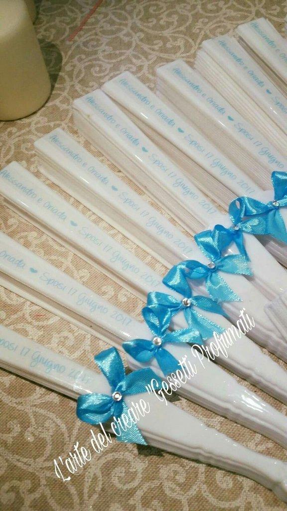 Ventagli bianchi segnaposto chiesa matrimonio plastica tessuto personalizzati