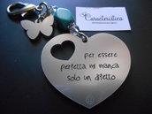 Portachiave bijoux per borsa con cuore e frase incisa