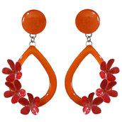 Orecchini goccia arancione con tre fiori - Realizzati artigianalmente con serigrafie e smalti a cottura.