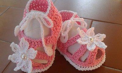 SANDALI Scarpine neonata all'uncinetto sandalini bimba suola 10 cm bianco rosa idea regalo creazione homemade prodotto artigianale garantito