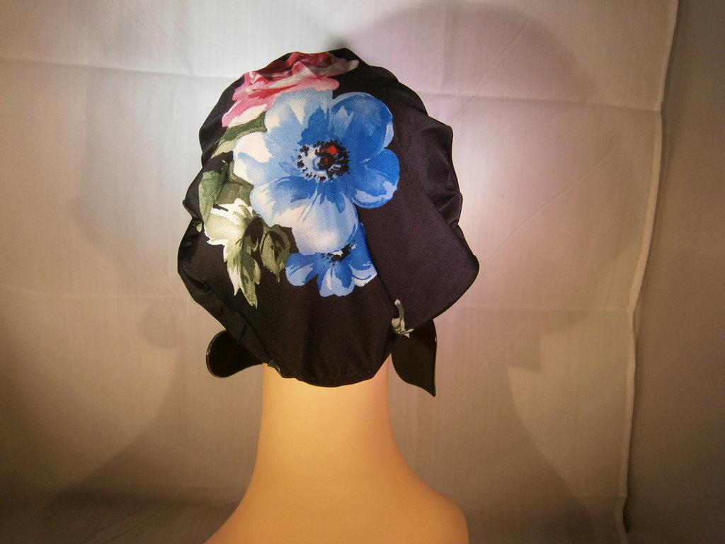 001f Basco Francese nero con calotta fantasia a fiori