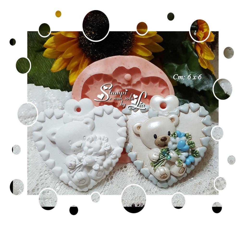 Stampo *Cuore con orsacchiotto*