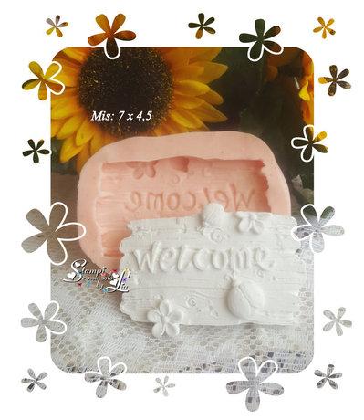 """Stampo *Staccionata effetto legno con scritta """"Welcome""""*"""