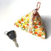 Portamonete e portachiavi arance