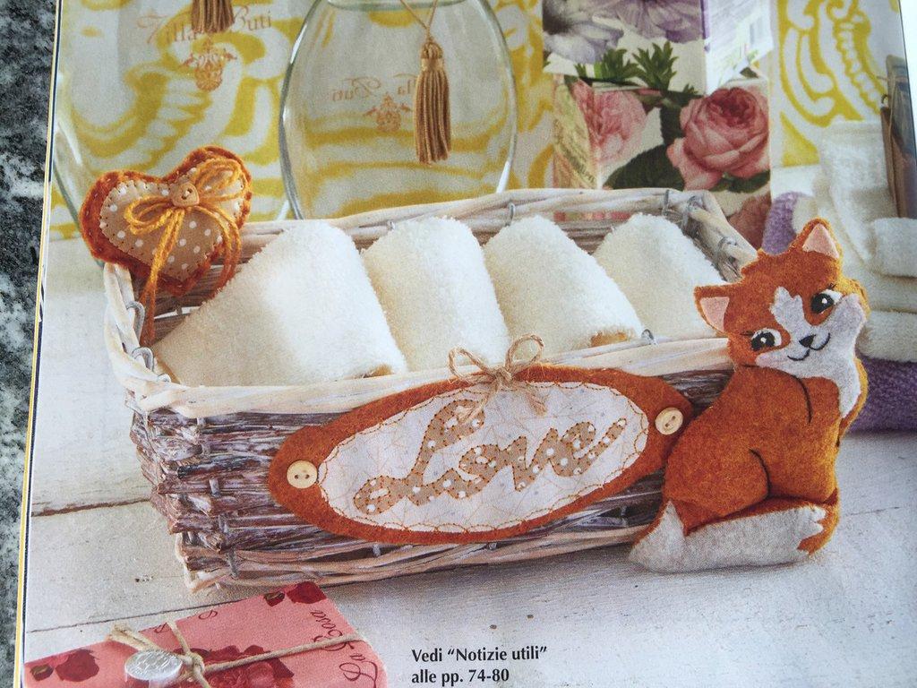 cestino vimini porta lavette con gattina LOVE