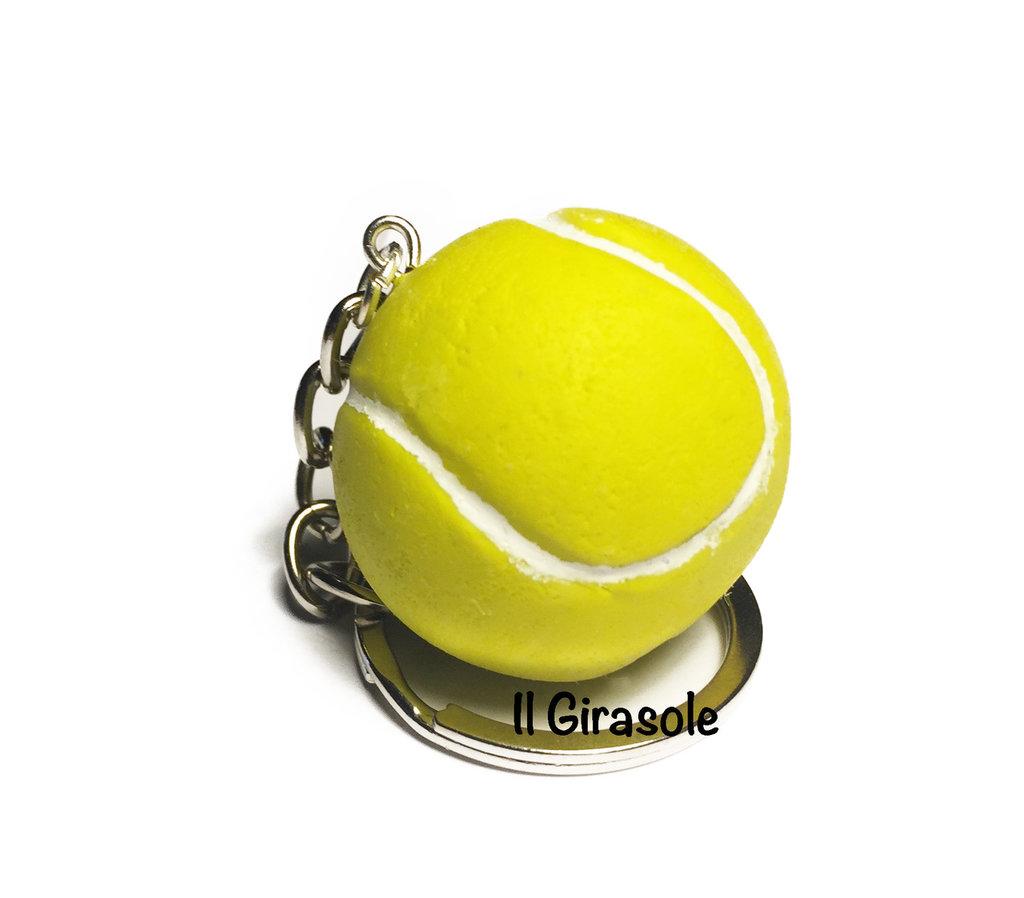 Portachiavi palla da tennis in pasta polimerica fimo