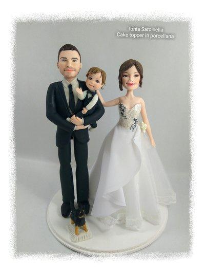 Cake topper personalizzati sposi con bimbo