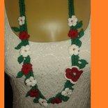Collana fiorita all'uncinetto accessorio donna creazione homemade cotone
