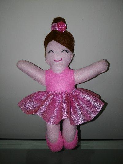 Bambola ballerina in feltro