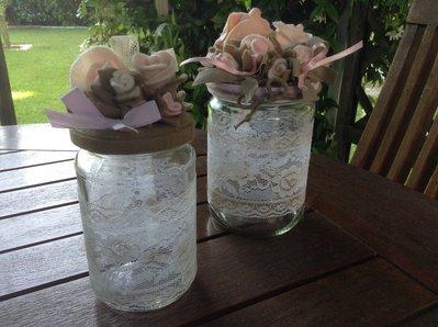 Barattoli in fiore
