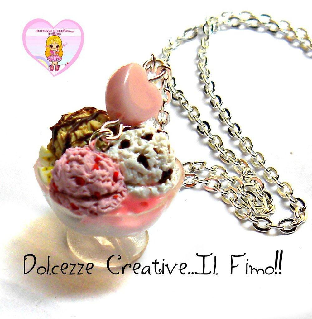 Collana coppa di gelato nocciola, fragola e stracciatella - miniature kawaii handmade