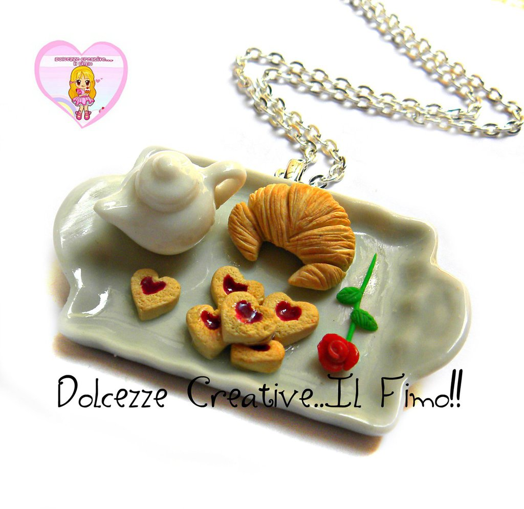 Collana Vassoio Colazione al letto - teiera, biscotti con marmellata, croissant, cornetto, rosa - miniature