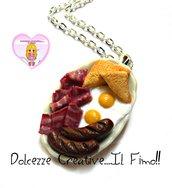 Collana Piatto Colazione all'americana - salsiccia, uova, pane e bacon - miniature handmade kawaii