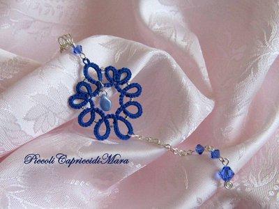 Ciondolo blu al chiacchierino, cristalli Swarovski blu, perline argentate