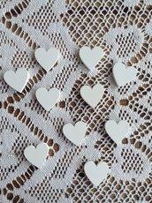 Cuore in legno bianco