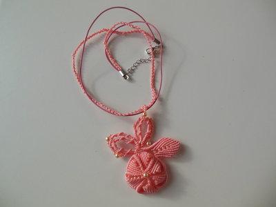 """Collana in macramè : """"Rosa corallo"""""""