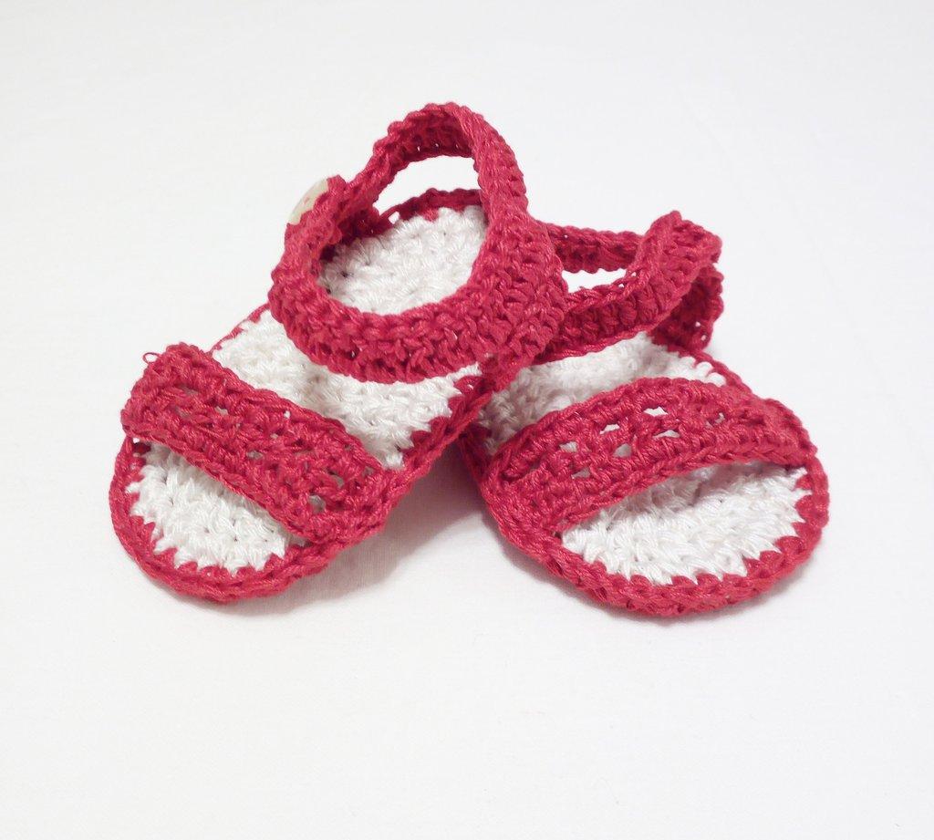 sandaletti neonati unisex a uncinetto