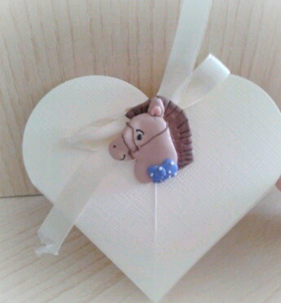 Bomboniera cavallo calamita confettata nascita battesimo comunione
