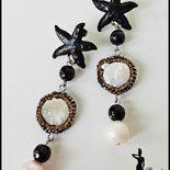 Orecchini con perle di acqua dolce, vetro e stella marina - BIANCO/NERO