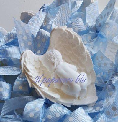 Bimbo su ali bomboniera in gesso ceramico