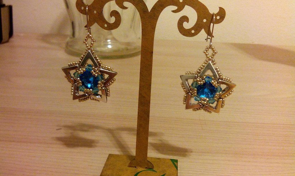 Orecchini stella azzurra