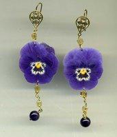 ORECCHINI pendenti con viola del pensiero vera viola e cristalli giallo sole