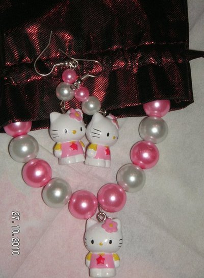 paroure hello kitty