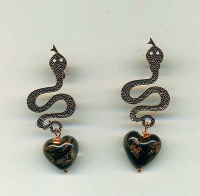 Orecchini pendenti a serpente in rame scuro