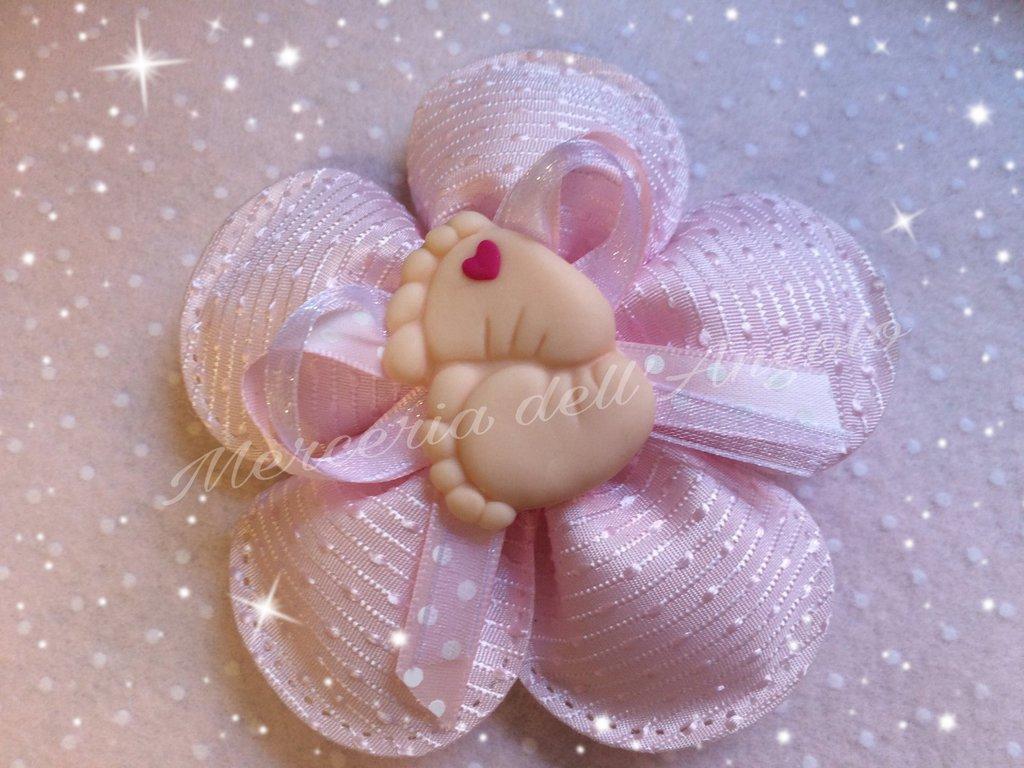 Bomboniera fiore rosa con piedini