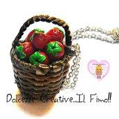 Collana Cesto di Fragole - Frutta fresca - Fragoline - Vegan - Miniature handmade