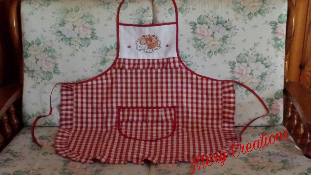 Grembiule da cucina, plissettato, ricamo punto croce, ciambella e ciliege