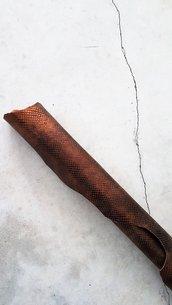 Pelle laminata stampa serpente con effetto matt e color bronzo A401