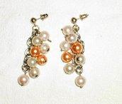 Orecchini: Grappolo di perle