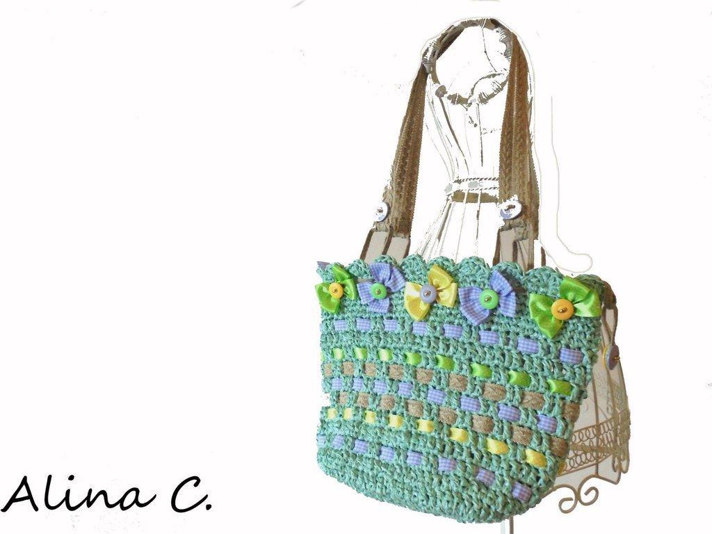 Borsa crochet Estate in rafia sintetica verde tiffany