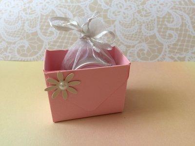 Confettata battesimo bimba cestino rosa con fiore e perla