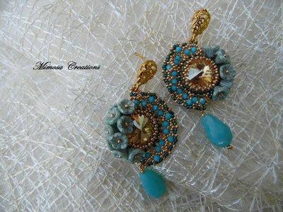 orecchini perline pendenti swarovski e fiori fatti a mano