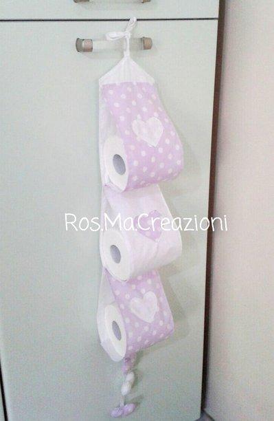 Porta Rotoli Carta Igienica 3 scomparti con 3 cuori cuciti e 3 cuori imbottiti