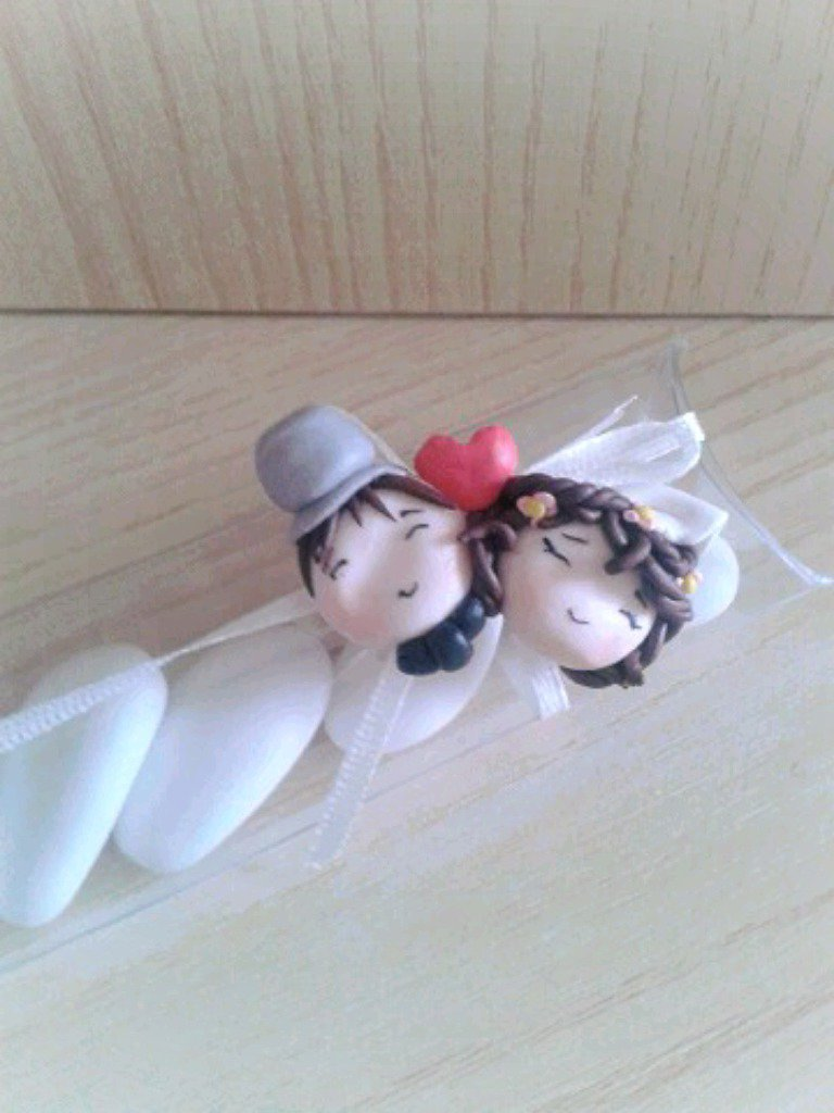 Bomboniera segnaposto sposi in fimo nozze matrimonio anniversario