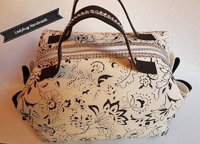 Pochette beauty case in fommy renkalik