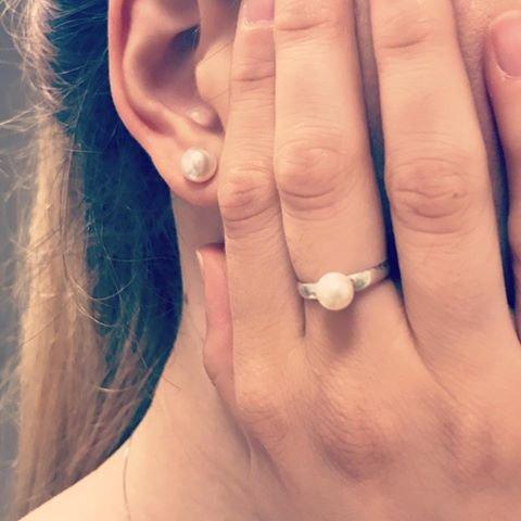 Orecchini a perno perla - Crystal