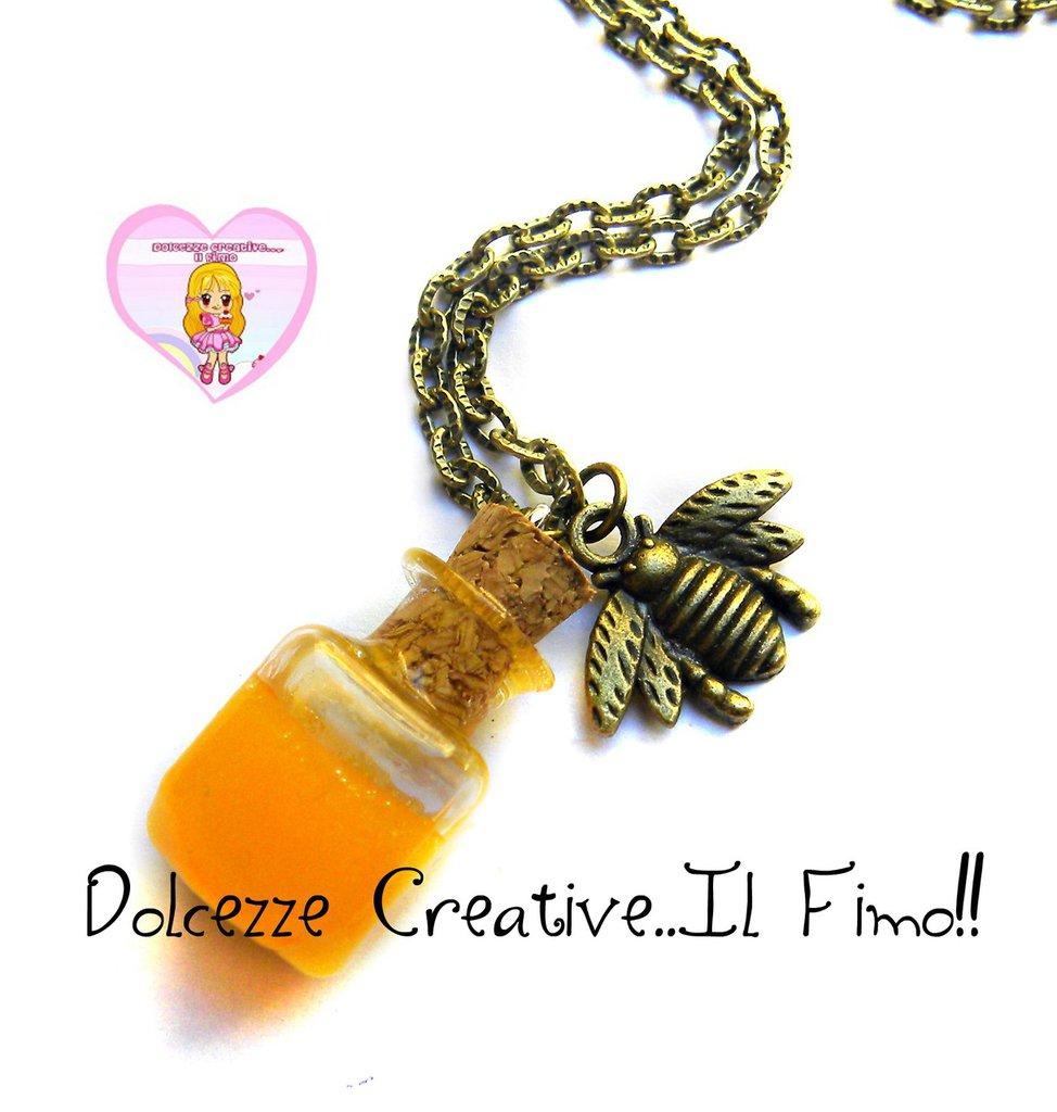 Collana Con barattolo di miele ed ape - miniature kawaii handmade