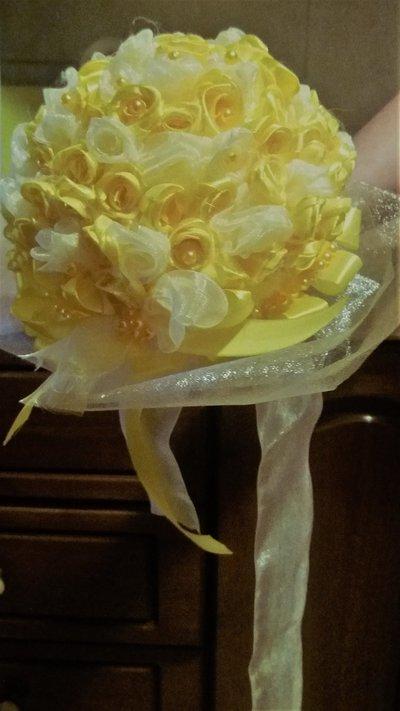 fiori - bouquet - matrimoni - saggi - damigella - nascite - anniversari - recite